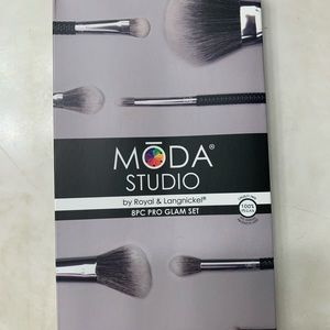 Moda Studio - 8 pc pro glam set